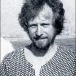 Peter E. Kleinow